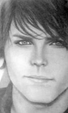 Gerard Way by PiranhaJuicySnobb